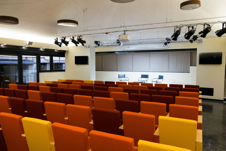 Auditorium_002