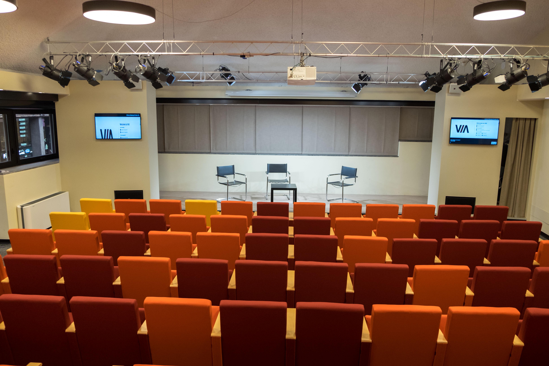 Auditorium_006