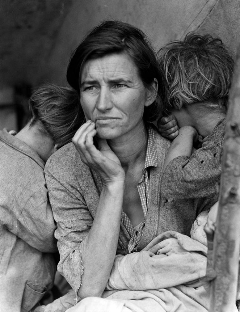 Dorothea Lange-Migrant mother - Library of Congress 02